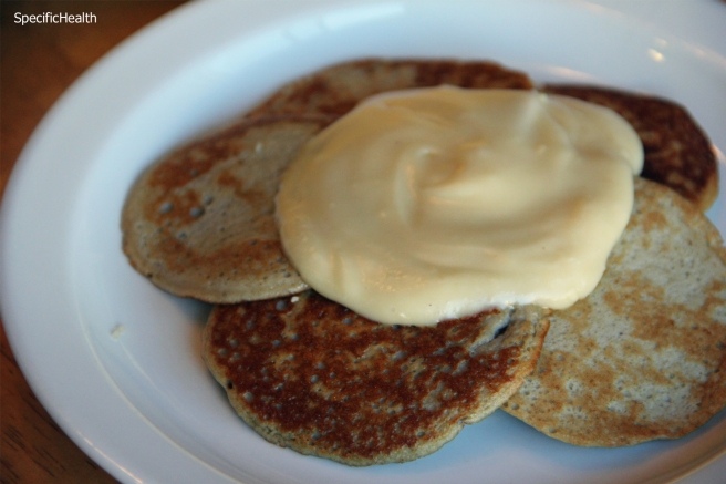2 ingredient banana pancakes (scd)